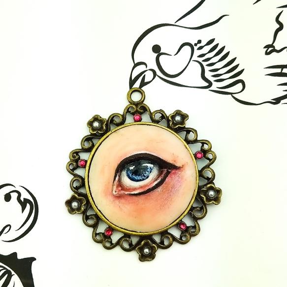 sculpture_jewelry_lover's_eye_delia_kun_1